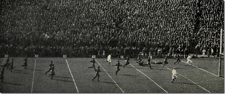 004 Benny_Friedman_touchdown_vs._Wisconsin_(1925)