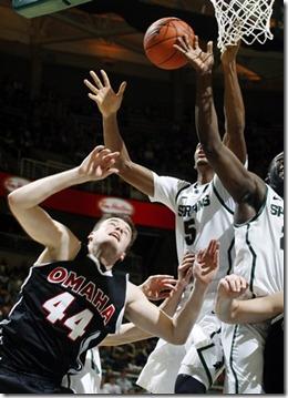 64939_Neb_Omaha_Michigan_St_Basketball[1]