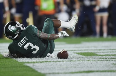 LJ Scott Fumble