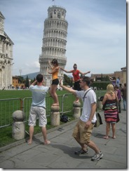 Leaning-Tower-of-Pisa-Pose-1