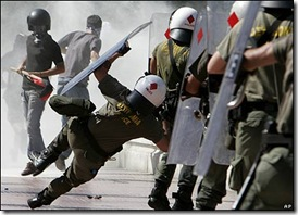 greek-riots-police-eu