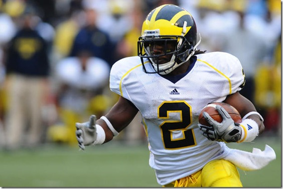 Michigan running back Vincent Smith (2) plays against Wisconsin in Madison, WI on Saturday, November 14, 2009. (Zachary Meisner/Daily)