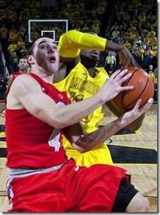 ap-ohio-st-michigan-basketball-4_3_r536_c534