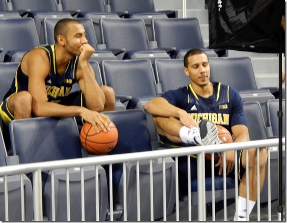 Jon-Horford-and-Jordan-Morgan-817x633[1]