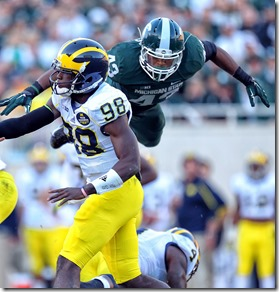 usp_ncaa_football__michigan_at_michigan_state_68271724[1]