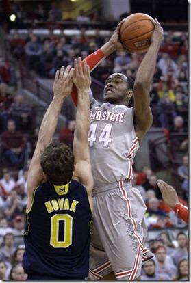 71794_Michigan_Ohio_St_Basketball[1]