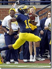 denard-robinson-full-flight-osu