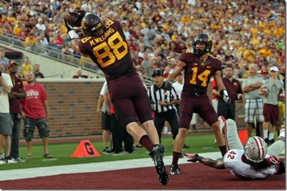 Maxx-Williams-Minnesota-Golden-Gophers-vs-UNLV-Rebels-08-29-2013-630x420[1]