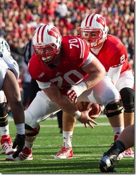 dan-voltz-ncaa-football-brigham-young-wisconsin[1]