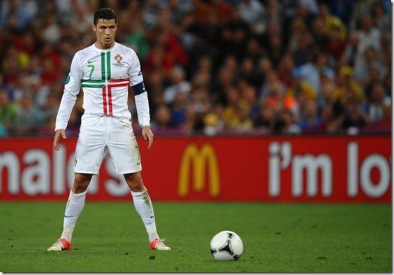 Cristiano-Roanldo-Portugals-danger-man[1]
