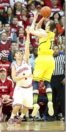 Jordan Hulls Michigan v Indiana at7WYoLFN2Xl[1]