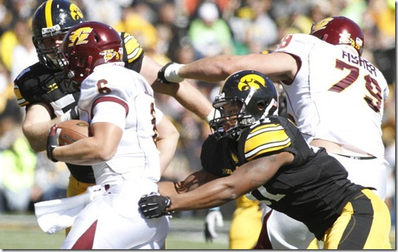 Anthony Hitchens Central Michigan v Iowa qeryHB8AGcul[1]